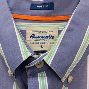 Abercrombie & Fitch Shirts - Abercrombie and Fitch Men's button down shirt